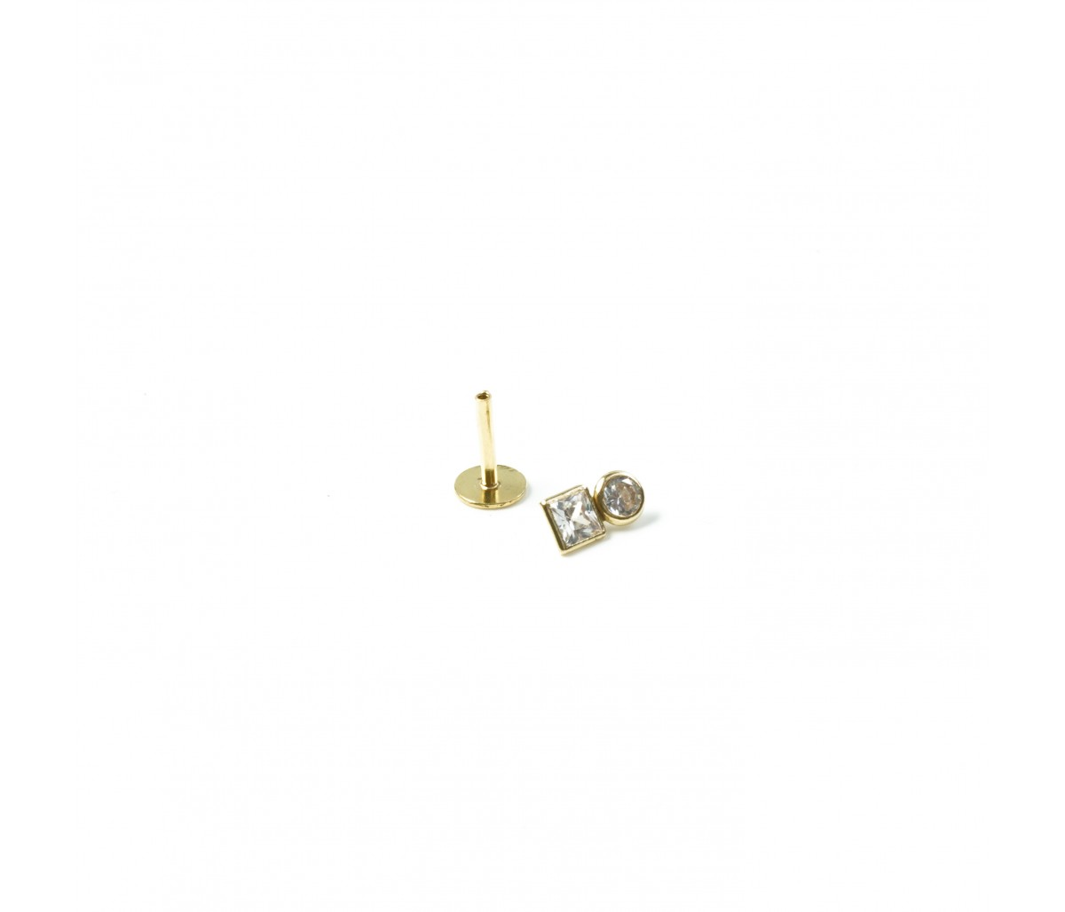 Carry 18k gold piercing